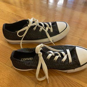 Converse Shoes - Converse Chuck Taylor All Stars Mens Size 6